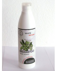 Shampoo schiarente per manti bianchi per cani e gatti